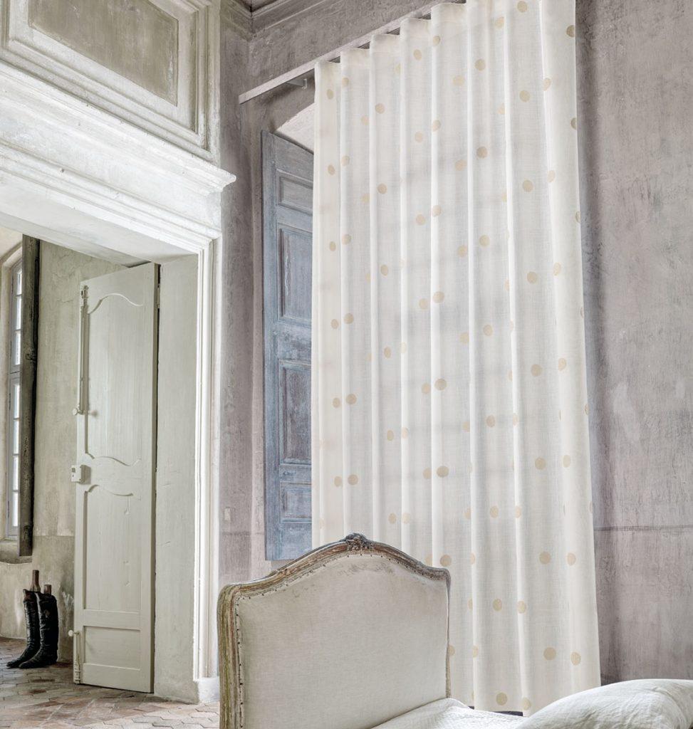 ciesse-tendaggi-collezione-home-articolo-Loft-ciesse-tendaggi-tessuti-verona-tendaggi-pregiati-tende-da-interno-tessuti-eleganti-tende-per-casa-classica-tende-su-misura-tessuti-design-arredo