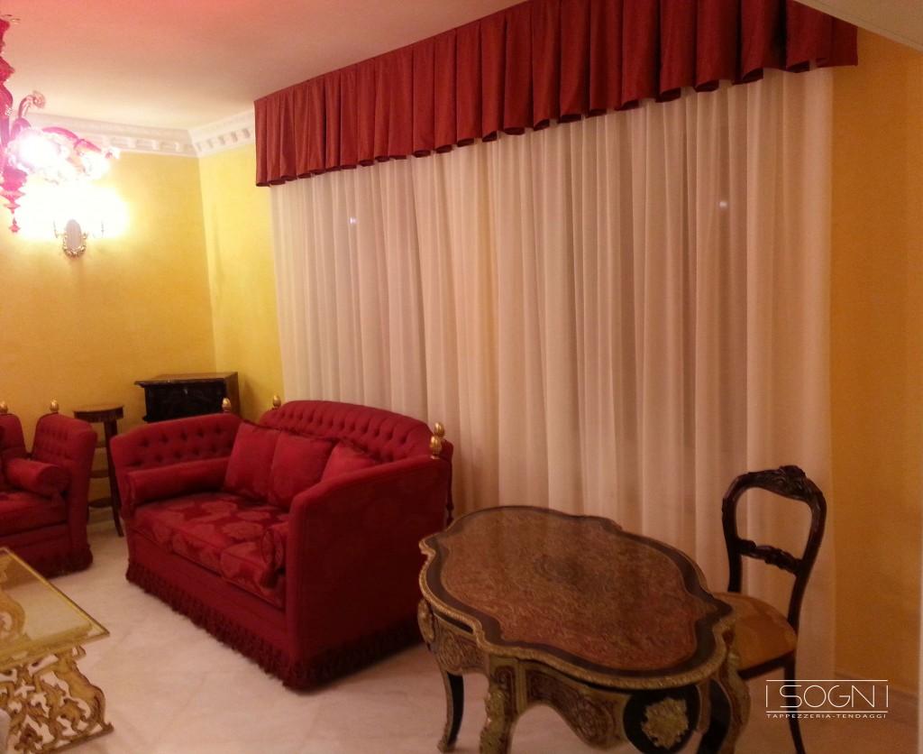 Camera da letto per bambini for Tende classiche con mantovana